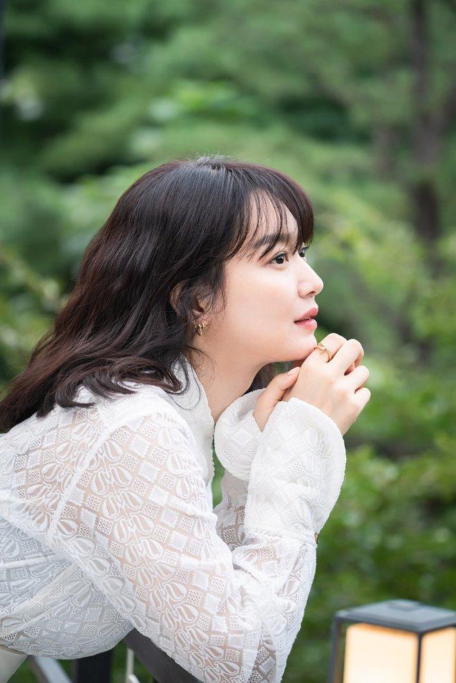 Mặt tròn khác biệt, bạn gái tài tử Woo Bin đã để 4 kiểu tóc này để nhan sắc luôn đẹp đỉnh cao - ảnh 8
