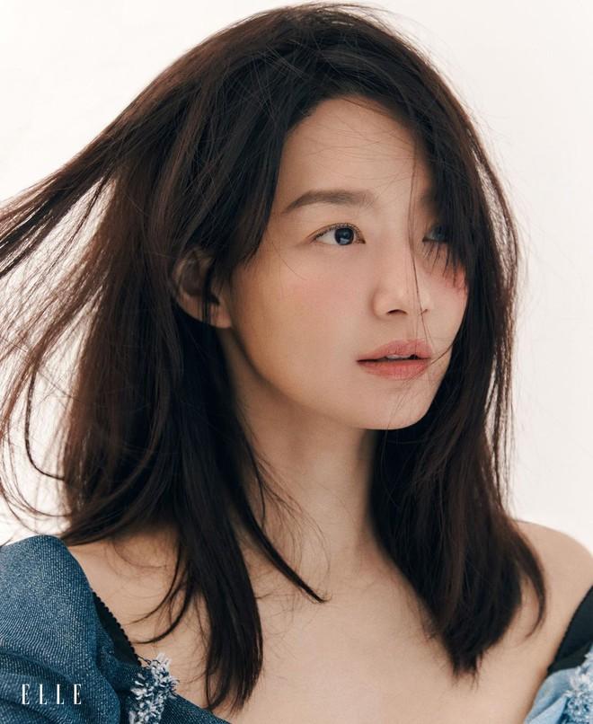 Mặt tròn khác biệt, bạn gái tài tử Woo Bin đã để 4 kiểu tóc này để nhan sắc luôn đẹp đỉnh cao - ảnh 10