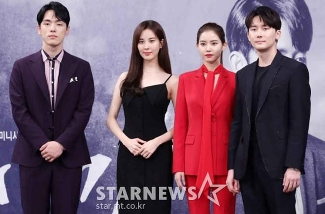 Mỹ nhân Hàn bị xa lánh: Suzy 5 lần 7 lượt bị né, Seohyun thành nạn nhân vì drama tình ái của Seo Ye Ji và tài tử Hạ Cánh Nơi Anh - ảnh 2