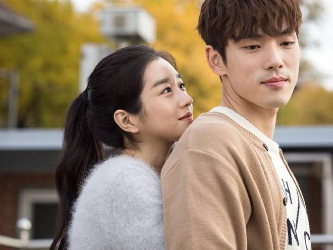 """YouTuber """"tiên tri"""" chuyện tình Seo Ye Ji - Kim Jung Hyun từ 9 tháng trước, sởn da gà cách """"điên nữ"""" huấn luyện bạn trai - ảnh 2"""
