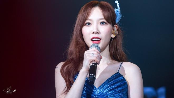 Taeyeon (SNSD) giận dữ mắng SM ngay tại concert xong lại cặm cụi ngồi sửa album là sao đây? - ảnh 7