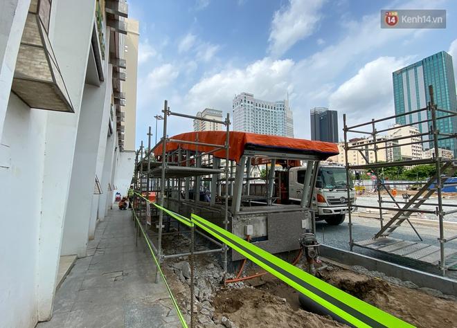 Một phần rào chắn Metro tại đất vàng trung tâm Sài Gòn được tháo dỡ, quán xá rục rịch khai trương trở lại - ảnh 3