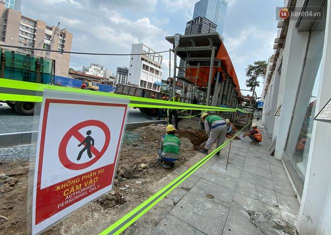 Một phần rào chắn Metro tại đất vàng trung tâm Sài Gòn được tháo dỡ, quán xá rục rịch khai trương trở lại - ảnh 8