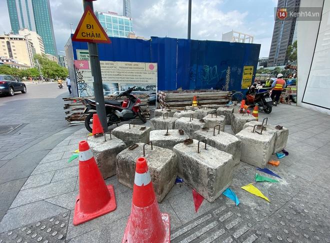 Một phần rào chắn Metro tại đất vàng trung tâm Sài Gòn được tháo dỡ, quán xá rục rịch khai trương trở lại - ảnh 7