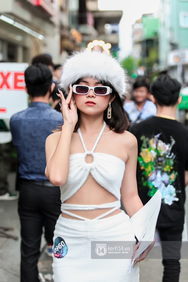 Casting Rap Việt ngày 2: Xuất hiện anh Hai Lúa diện áo bà ba khăn rằn, dàn nữ thời trang nổi bần bật! - ảnh 15