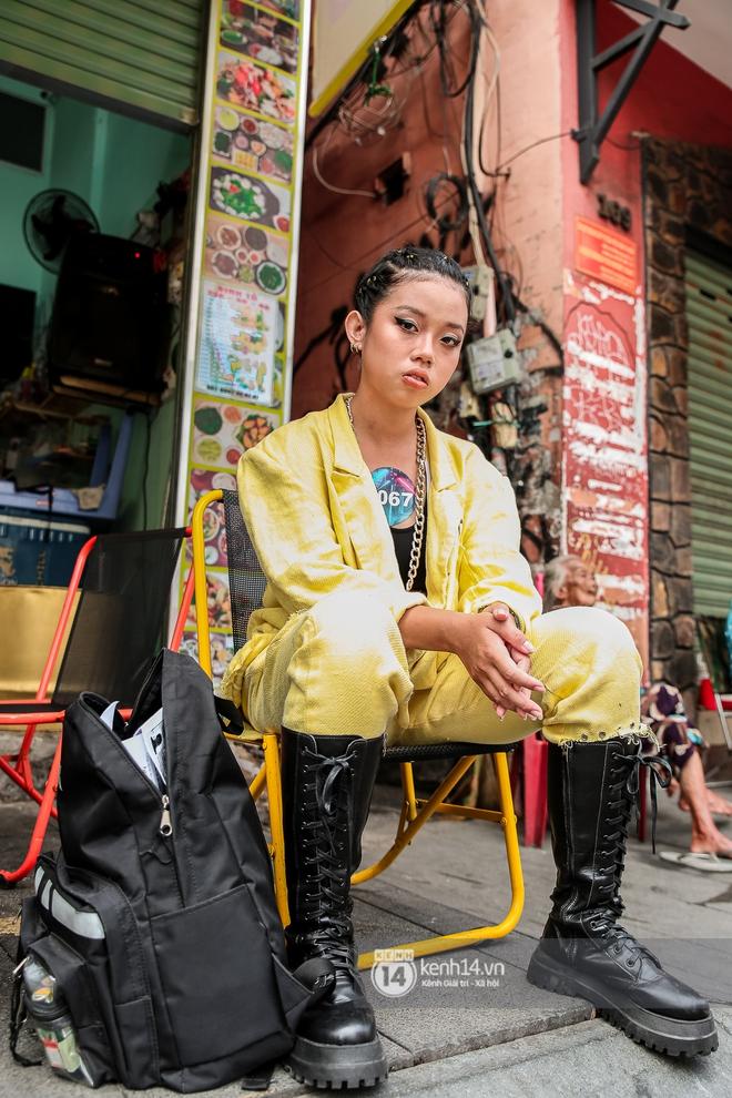 Casting Rap Việt ngày 2: Xuất hiện anh Hai Lúa diện áo bà ba khăn rằn, dàn nữ thời trang nổi bần bật! - ảnh 19