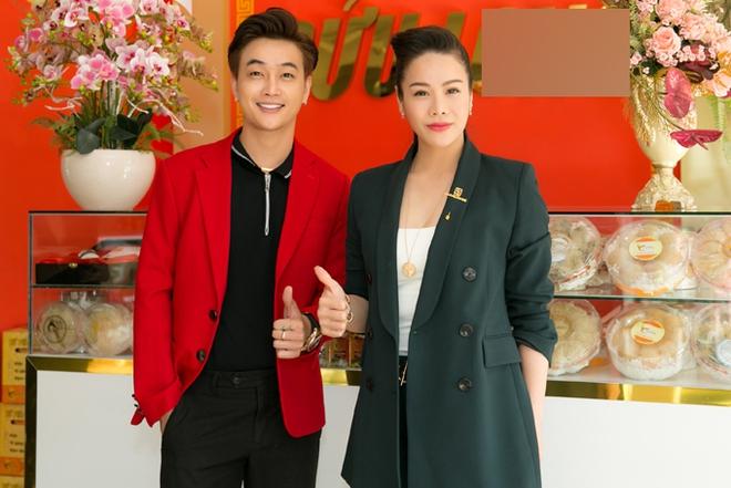 Lộ clip Nhật Kim Anh vỡ oà vì được TiTi cầu hôn bằng nhẫn kim cương khủng, nhưng sự thật lại khiến dân tình ngã ngửa - Ảnh 6.