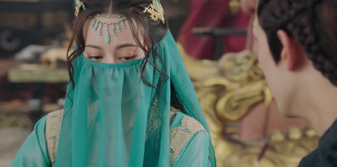 Địch Lệ Nhiệt Ba hóa vũ nữ sánh vai cùng trai đẹp, chọc tức Ngô Lỗi ở Trường Ca Hành tập 23 - 24 - ảnh 2
