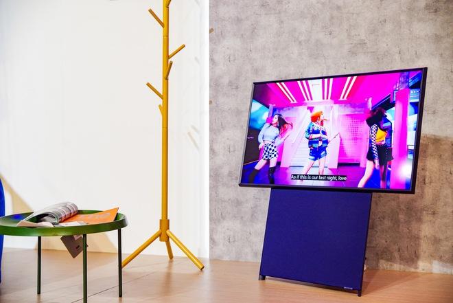 Khi bạn đã thấy thiết kế Smartphone giờ nhàm chán rồi thì hãy nghía qua TV 2021 đi, đẹp lạ hết sức - ảnh 5