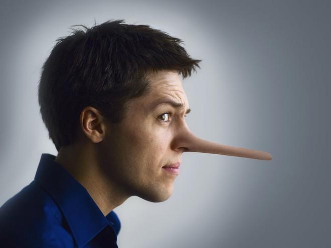 """Cách nhận biết một người đang nói dối siêu đỉnh: Chỉ cần họ mắc 1 trong số những biểu hiện sau là bắt được ngay """"chân tướng"""" - ảnh 2"""
