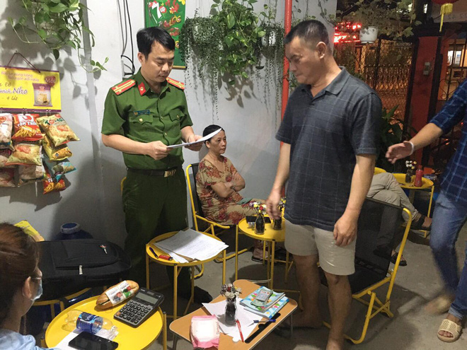 Chặn đứng đường dây đánh bạc hơn 500 tỷ đồng ở Sài Gòn - ảnh 2