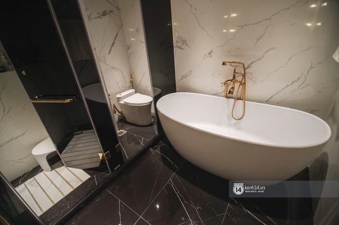 Duplex 28 tỷ ở Vinhomes Metropolis của doanh nhân Hà Nội: Một ngôi nhà đẹp không nhất thiết phải đầu tư nhiều tiền - Ảnh 13.