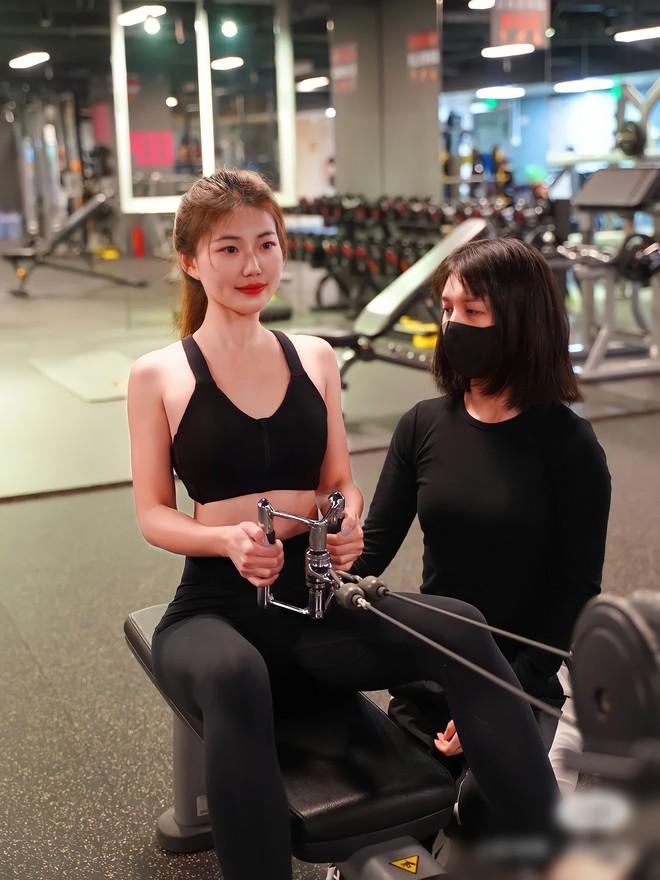 Quy tắc ngầm ở phòng tập gym: Tràn lan huấn luyện viên được đào tạo nửa mùa, PT nam có tới hàng chục chị gái mưa - ảnh 2