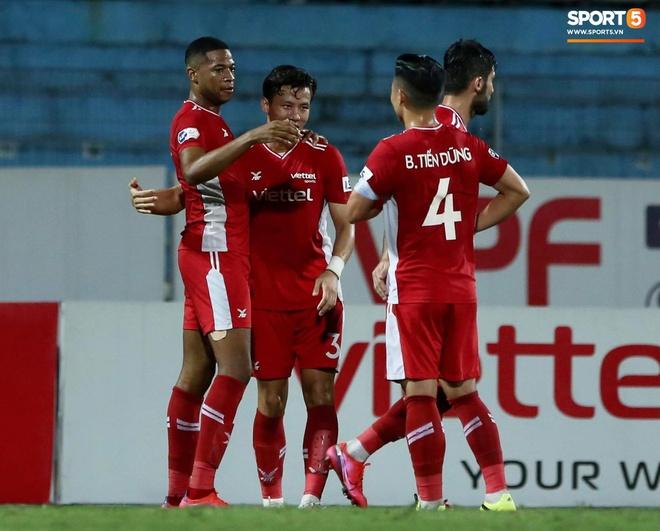 Cơn lốc đỏ Viettel giành chiến thắng 2-1 gay cấn trước CLB Quảng Ninh - ảnh 4