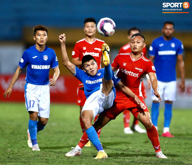 Cơn lốc đỏ Viettel giành chiến thắng 2-1 gay cấn trước CLB Quảng Ninh - ảnh 7