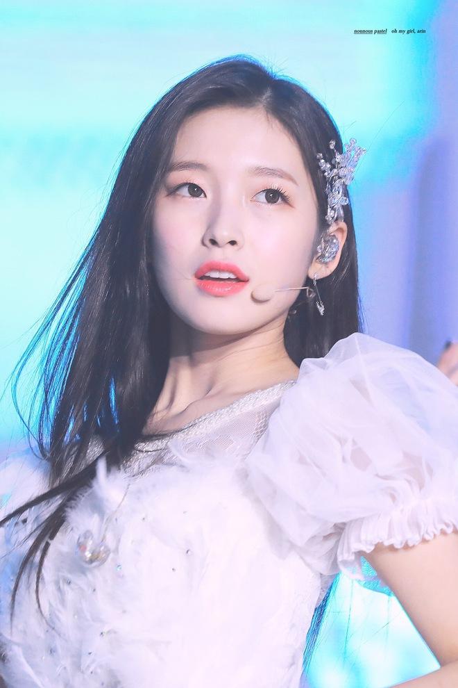 BXH 30 nữ idol hot nhất gây sốc: Hiện tượng ngực khủng đè bẹp BLACKPINK, Wendy (Red Velvet) ra sao sau tai nạn kinh hoàng? - ảnh 9