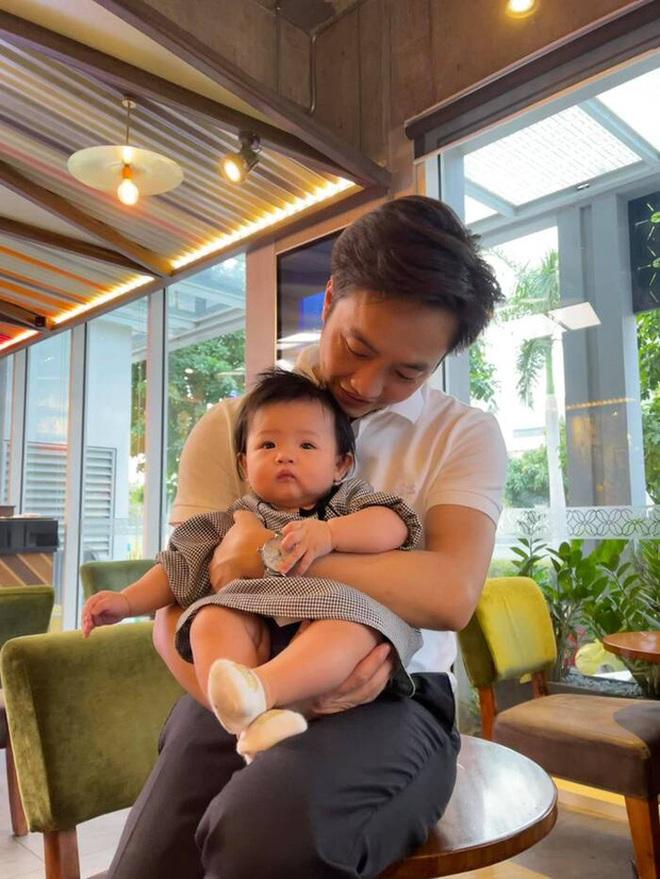 Đàm Thu Trang để lộ khuyết điểm ngay vòng 2 hậu sinh nở, ai ngờ ái nữ Suchin trở thành spotlight át hết - ảnh 5