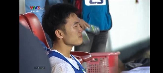 Xuân Trường bật khóc sau chiến thắng nghẹt thở của HAGL trước Hà Nội FC - ảnh 1
