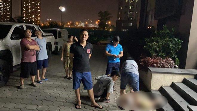 Hà Nội: Bé gái 3 tuổi rơi từ tầng cao chung cư xuống đất tử vong - ảnh 1