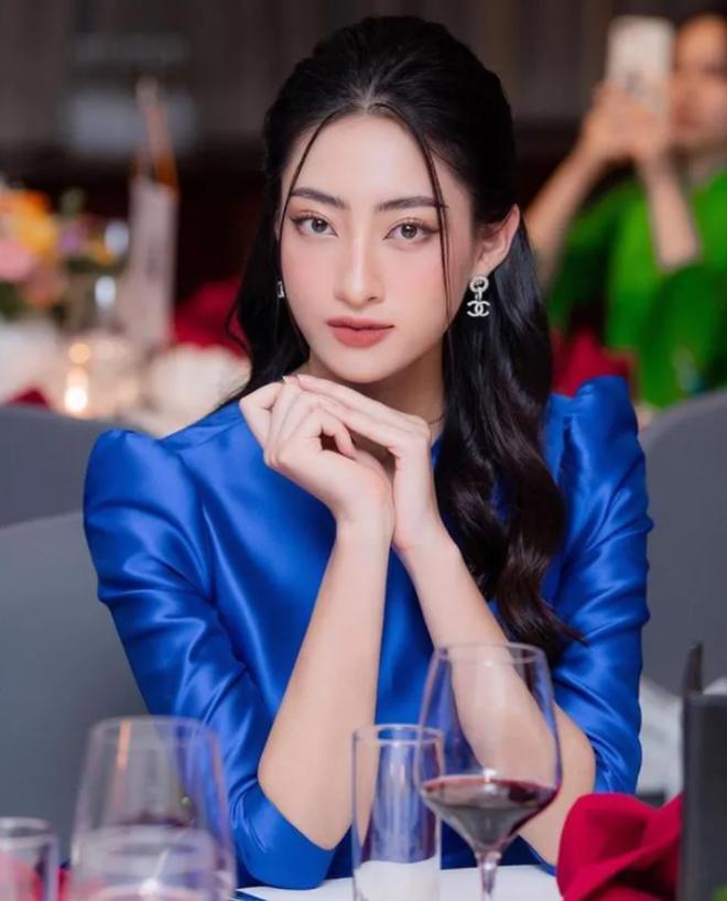 Hoa hậu Lương Thùy Linh trả lời siêu thông minh khi bị sinh viên hỏi khó, bắn tiếng Anh được cả hội trường khen ngợi - ảnh 3