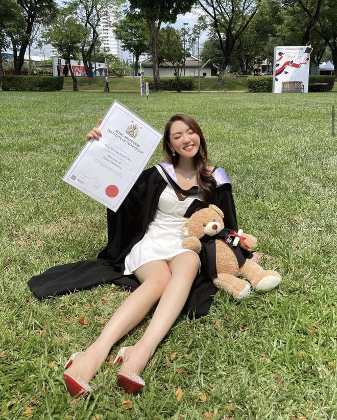 Tiểu thư lâu đài trắng Chloe Nguyễn tốt nghiệp Đại học RMIT, bóc lại điều fan lầm tưởng khi theo học ngành tiền tỷ - ảnh 1