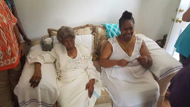 Cụ bà sống thọ nhất nước Mỹ với 125 người chắt, trải qua 2 trận đại dịch của thế giới vừa qua đời trong sự tiếc thương của nhiều người - ảnh 6