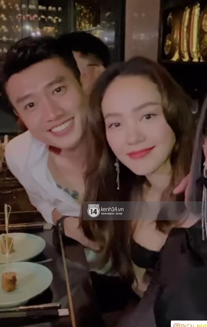 Độc Quyền: Bắt gặp Quốc Trường và Minh Hằng hẹn hò trong tiệc sinh nhật, ôm hôn công khai đến kéo nhau ra riêng 1 góc - Ảnh 10.
