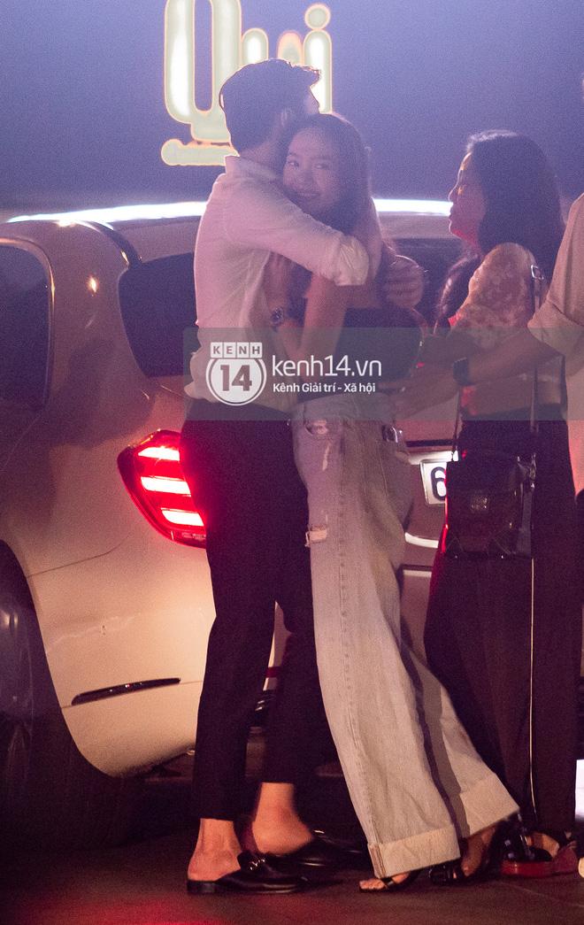 Độc Quyền: Bắt gặp Quốc Trường và Minh Hằng hẹn hò trong tiệc sinh nhật, ôm hôn công khai đến kéo nhau ra riêng 1 góc - Ảnh 8.