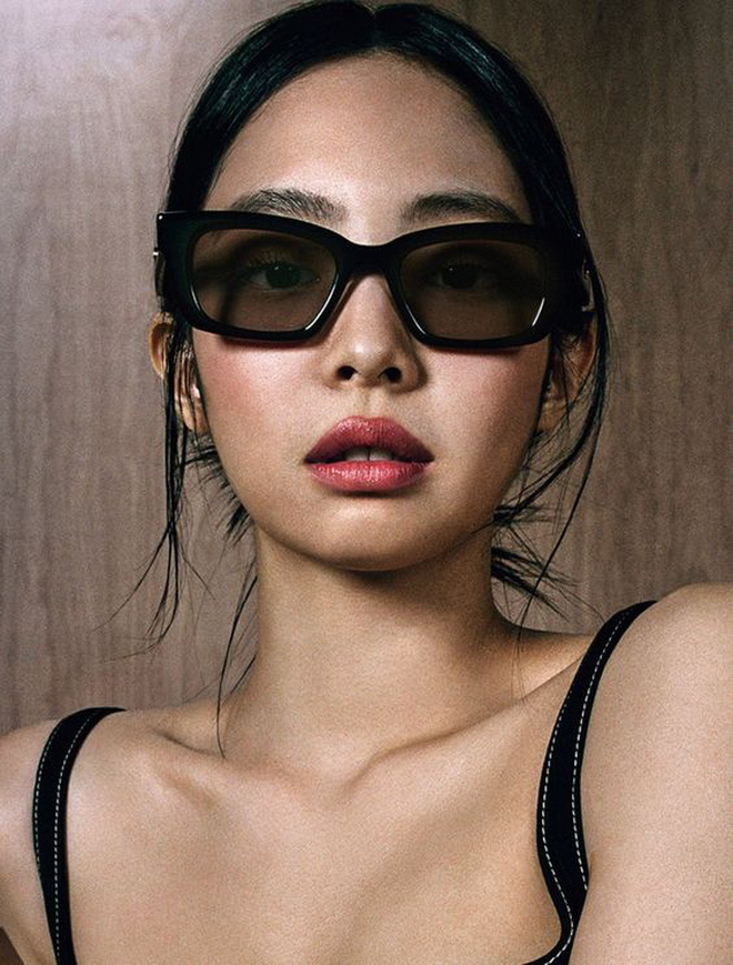 Update nhanh 6 loại kính mắt gây sốt mùa hè này, các sao đang diện rồi thì bạn còn chờ gì mà không sắm sửa? - ảnh 2