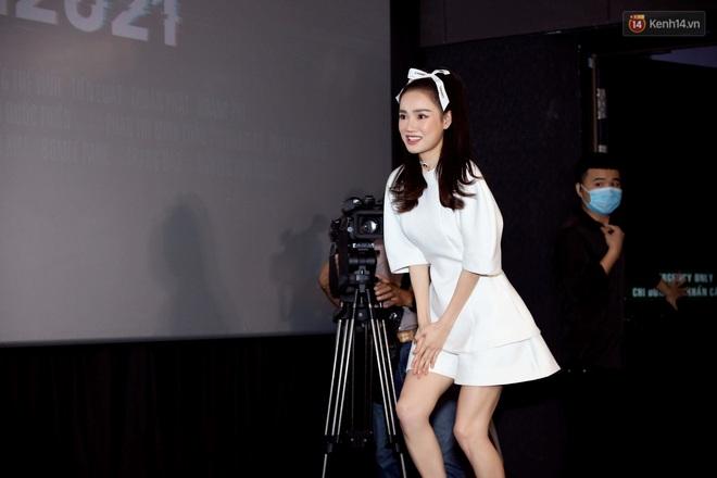 Giữa drama mắc bệnh ngôi sao, Nhã Phương bị đào lại việc đi muộn 2 tiếng ở họp báo Song Song - ảnh 1