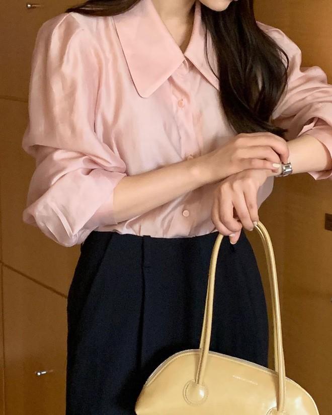 Muốn style công sở bớt nhạt, gái Hàn khuyên bạn nên thêm 4 màu sắc này vào tủ đồ - ảnh 1