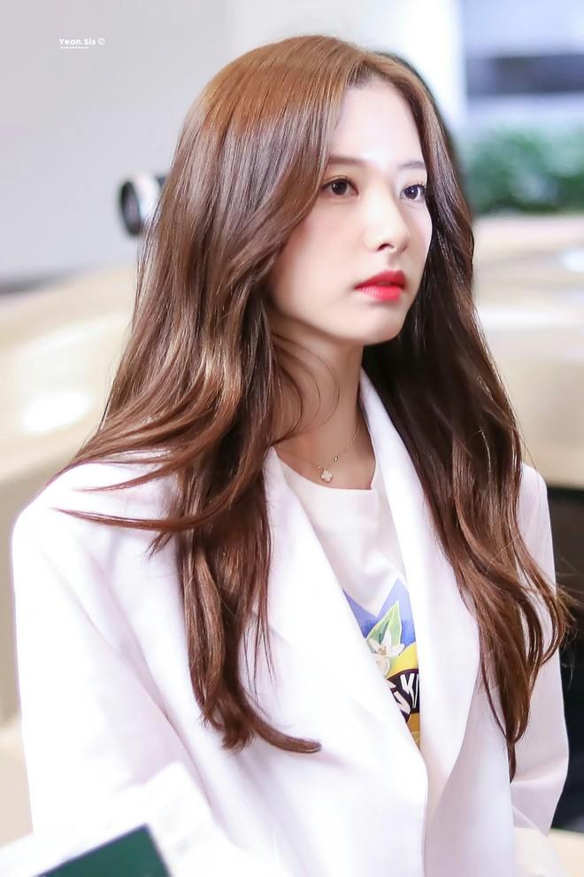 9 idol hiếm hoi được gọi là công chúa băng giá: Chị em Jessica và Irene làm nên khái niệm, nhưng bất ngờ nhất là Jennie - ảnh 16