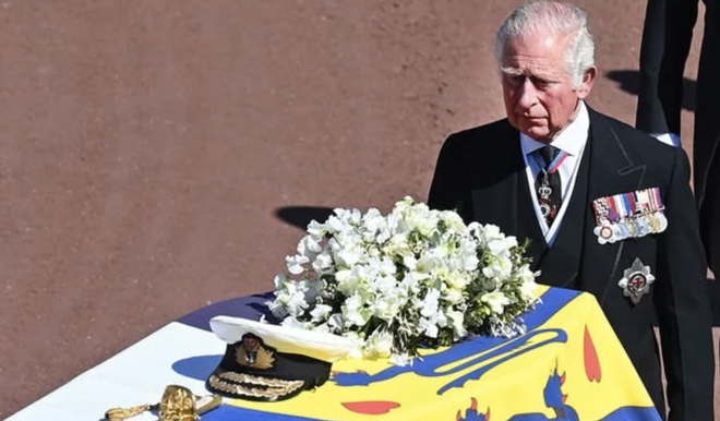 Động thái hiếm có của Nữ hoàng Anh khi truyền thông liên tục bàn tán về nghi vấn thoái vị, an dưỡng sau sự ra đi của người chồng 73 năm - ảnh 3