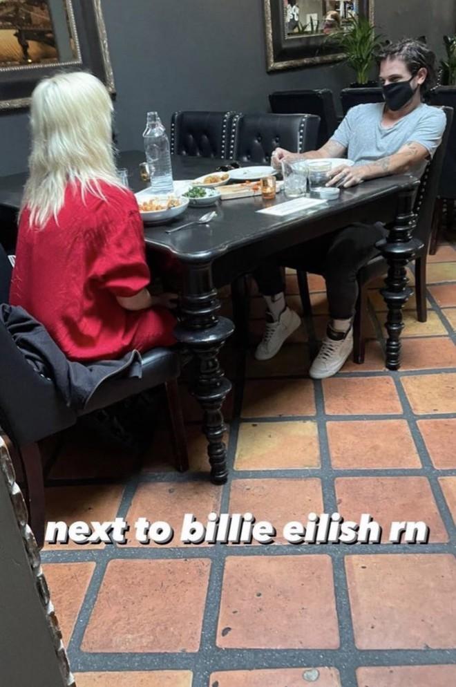 HOT: Billie Eilish lộ ảnh hẹn hò với mỹ nam hơn 10 tuổi, profile bạn trai có đẳng cấp hơn Công chúa Grammy? - ảnh 7