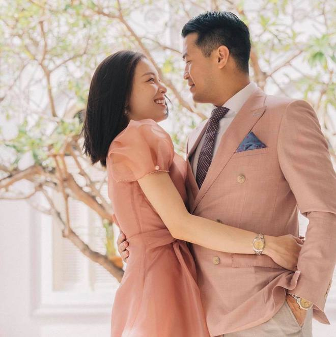 Linh Rin bỏ tiền chạy quảng cáo ảnh couple với con trai tỷ phú Jonathan Hạnh Nguyễn? - ảnh 5