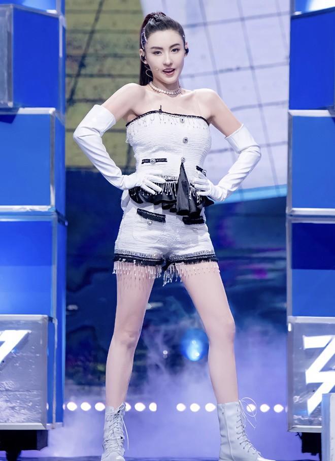 Trương Bá Chi khiến cả showbiz ngỡ ngàng khi tuyên bố quyết định đổi tên, truyền thông vội vã lý giải - ảnh 2