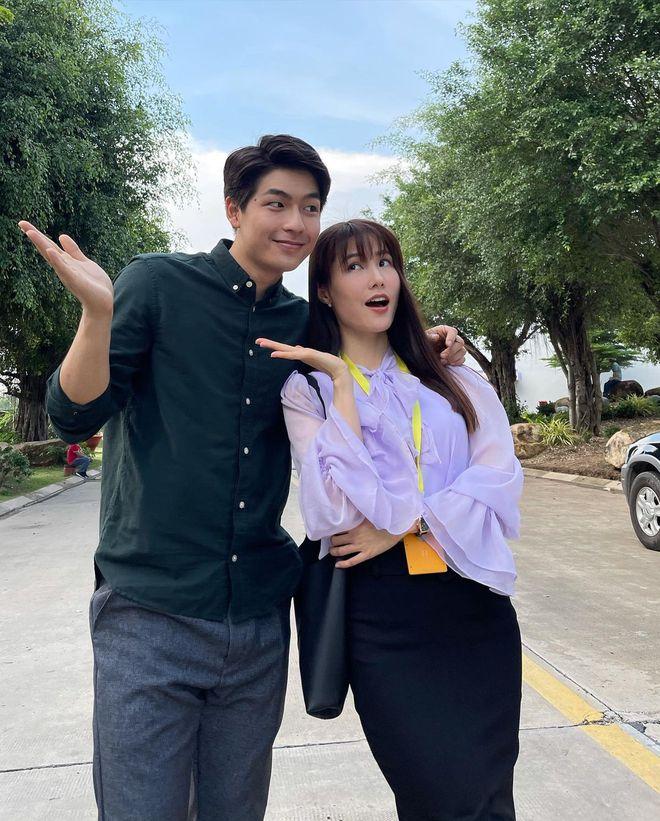 Hết Minh Hằng rồi đến Diễm My 9x khoe style công sở chuẩn sành điệu và thanh lịch trong phim mới - ảnh 2