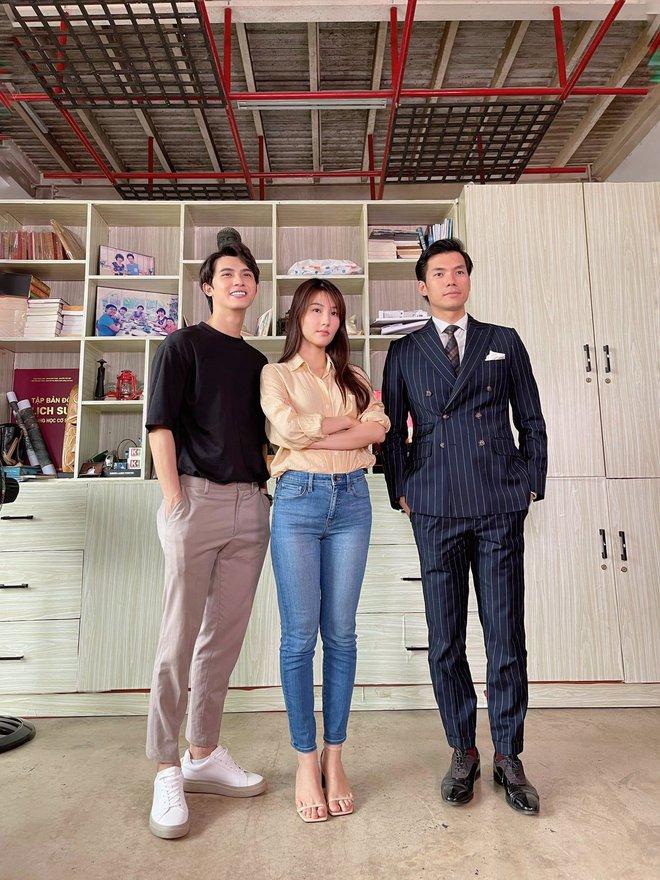 Hết Minh Hằng rồi đến Diễm My 9x khoe style công sở chuẩn sành điệu và thanh lịch trong phim mới - ảnh 3