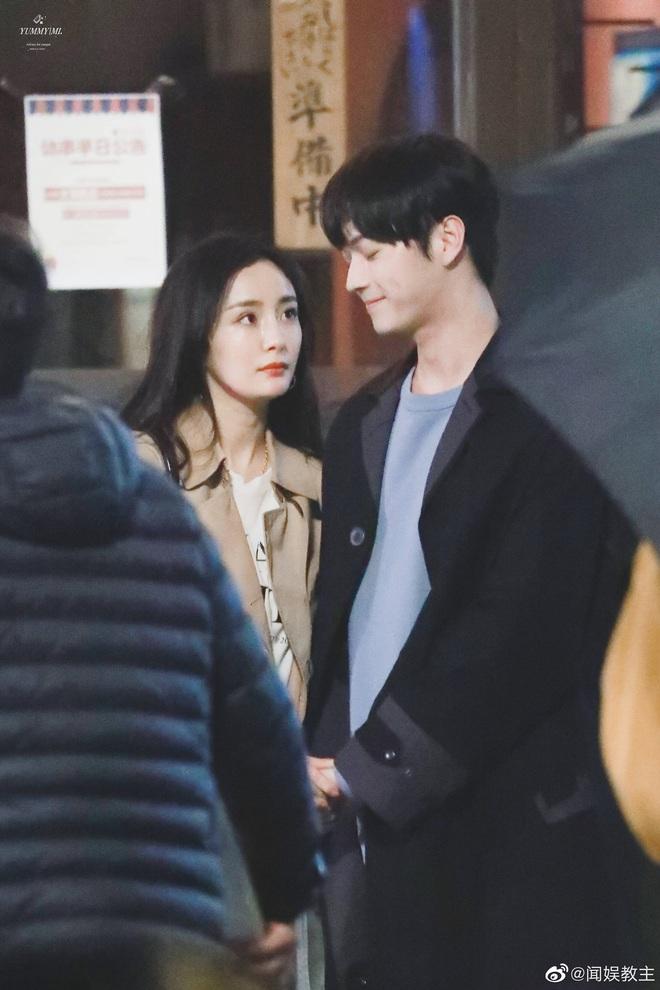 Fan chán ngán vì Dương Mịch - Hứa Khải diễn chẳng ra couple ở phim mới, có cảnh còn fail đến sượng trân - ảnh 4