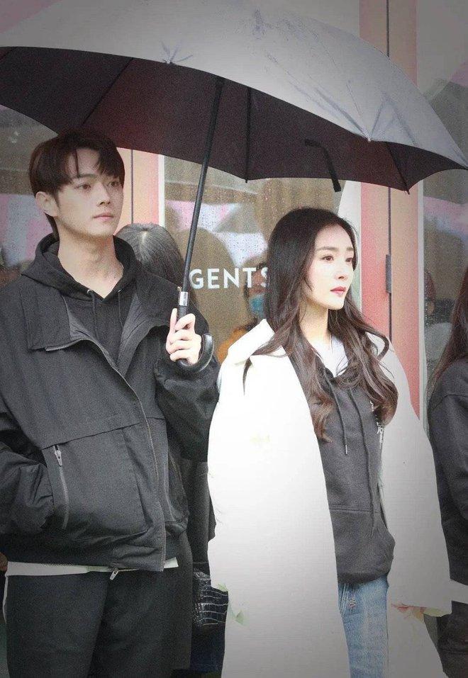 Fan chán ngán vì Dương Mịch - Hứa Khải diễn chẳng ra couple ở phim mới, có cảnh còn fail đến sượng trân - ảnh 6