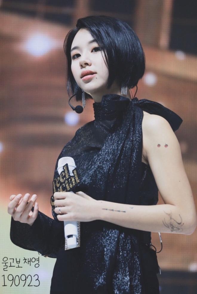 Stylist của TWICE lại bị chê tơi tả khi cắt váy hiệu thành váy chợ kém đẹp, lý do thực sự là gì? - ảnh 9