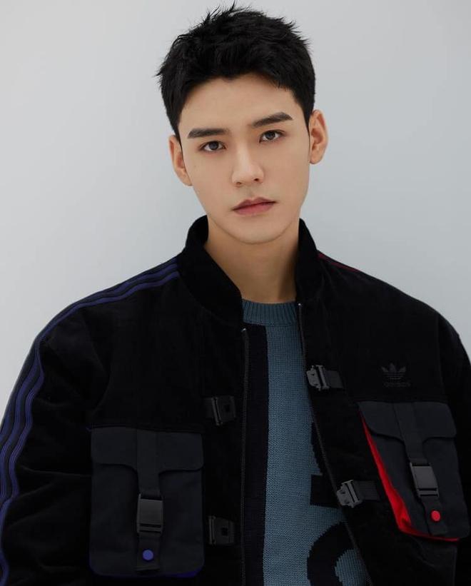10 nam nghệ sĩ hot nhất Quý 1/2021: Cung Tuấn bứt phá mạnh mẽ nhưng vẫn không có cửa đọ với quán quân - ảnh 3