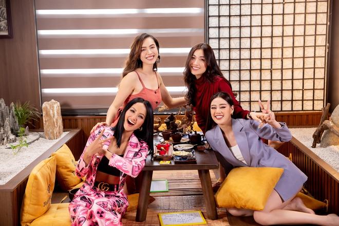 Khánh Vân được đàn chị dặn đề phòng vì có thể bị chơi xấu ở Miss Universe - ảnh 1