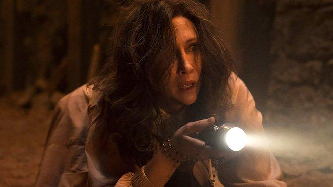 """Bom tấn kinh dị The Conjuring 3 tung trailer khiếp đảm, chứng minh """"ma xui quỷ khiến"""" là có thật? - ảnh 13"""