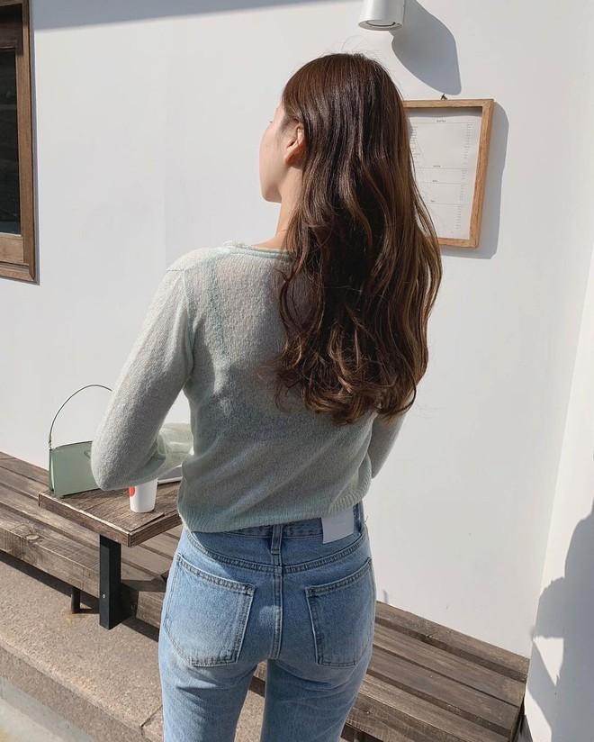 Muốn có tóc đẹp chuẩn gái Hàn khi đi du lịch, bạn đừng quên mang theo những bảo bối này - ảnh 3