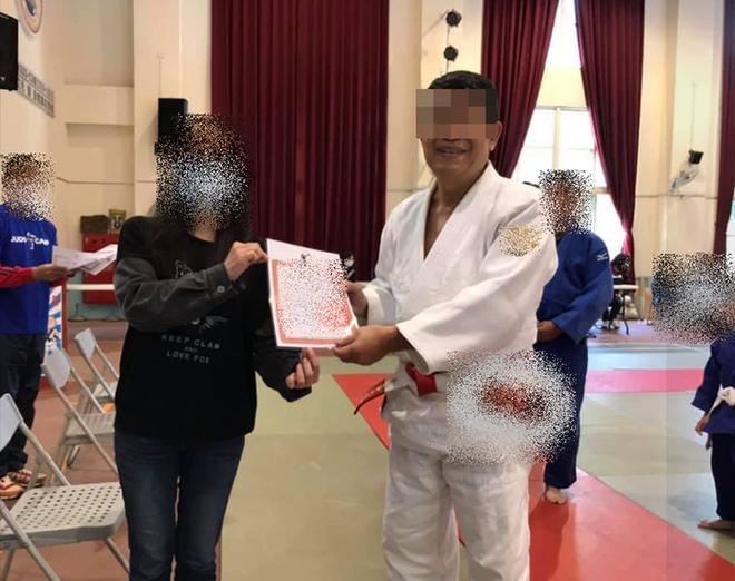 Cậu bé 7 tuổi chết não sau khi bị thầy giáo và bạn tập quật ngã 27 lần trong lớp Judo - ảnh 3