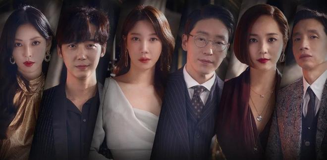 Lộ ảnh hậu trường đầu tiên của Penthouse 3: Dượng Ju ra tù rồi yêu lại từ đầu với ác nữ Cheon hả? - Ảnh 2.