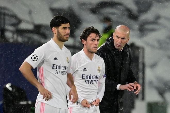 Benzema ghi bàn đẳng cấp, Real thoát thua Chelsea - ảnh 5