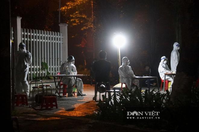 Dịch Covid-19 ngày 30/4: Thêm 3 ca dương tính với SARS-CoV-2 tại Hà Nam, có 1 nhân viên y tế - Ảnh 6.