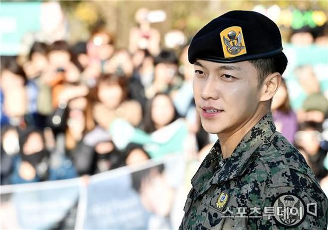 Chết chìm với sự mlem của rể quốc dân Lee Seung Gi, từ body đến gương mặt đều là hàng cực phẩm! - ảnh 19